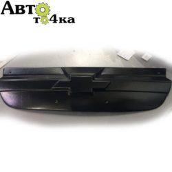 Накладка на решетку радиатора Chevrolet Aveo
