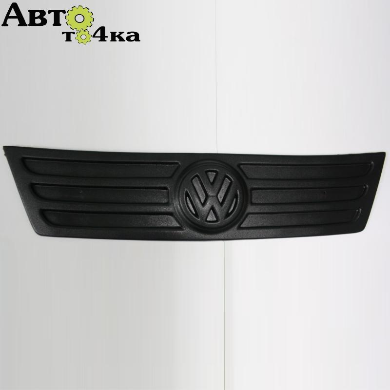 Зимняя накладка на решетку радиатора VW Caddy