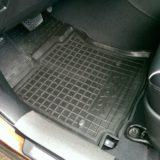 Коврики резиновые для Toyota Venza