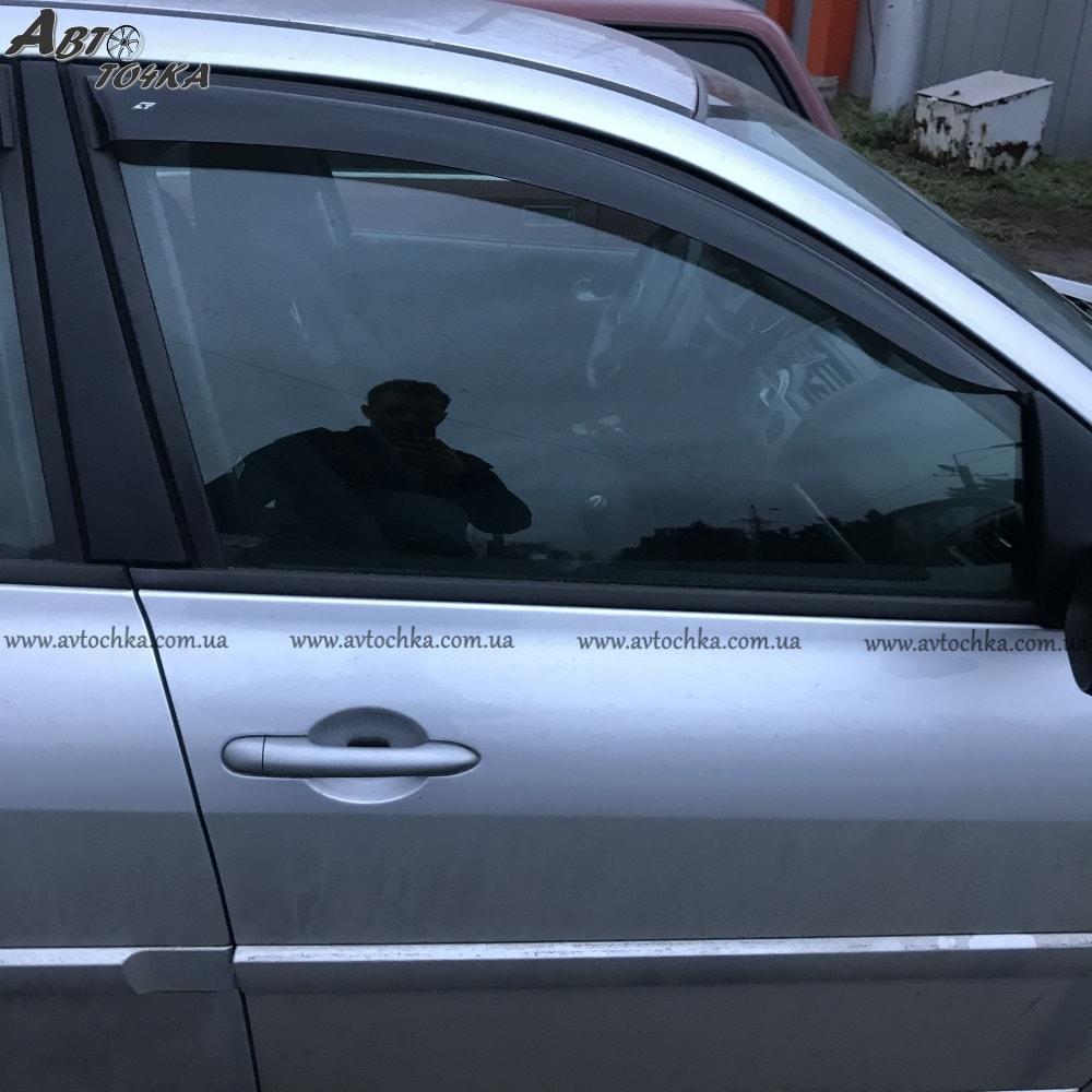 Ветровики Renault Megane III HTB/Wagon «Cobra»