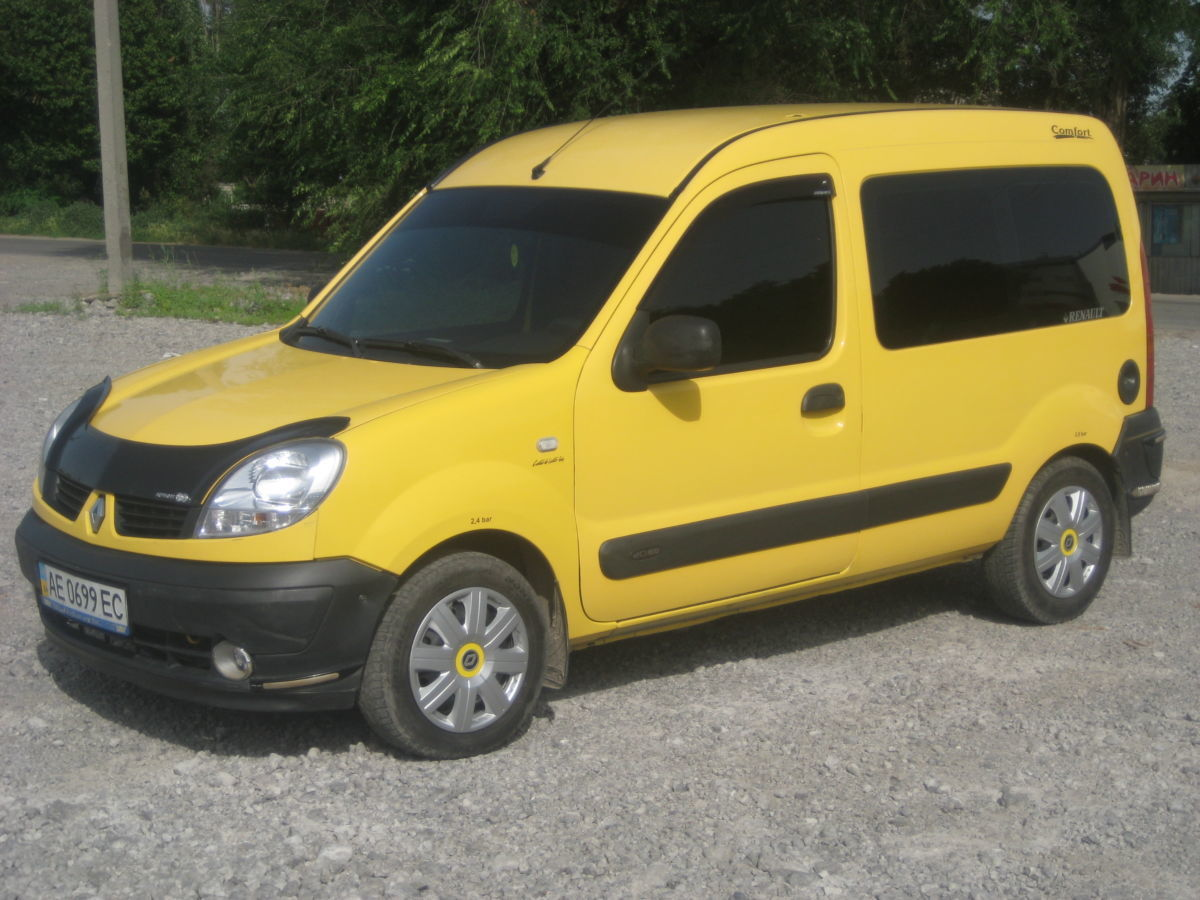 Дефлектор капота Renault Kangoo 97-03 «FLY»